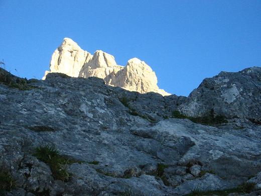 Die Schärtenspitze vom Aufstieg zum Blaueisgletscher.