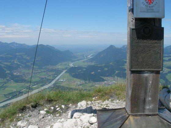 Gipfelblick von der Naunspitze Richtung Inntalausgang / Rosenheim.