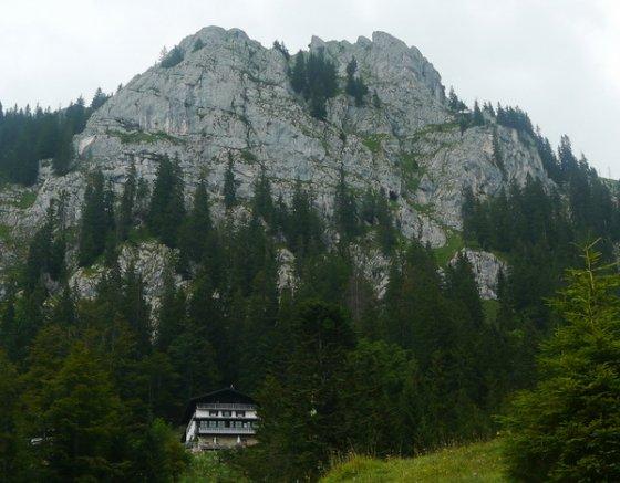 Der Brünnstein mit dem Brünnsteinhaus
