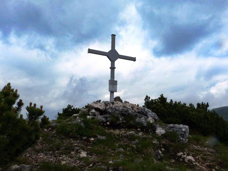 Das Gipfelkreuz der Klobenjochspitze