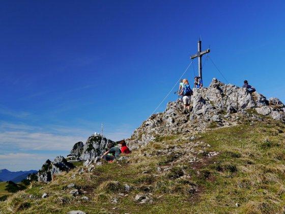 Gipfel des Wildalpjoch. Links hinten das Wendelsteinmassiv.