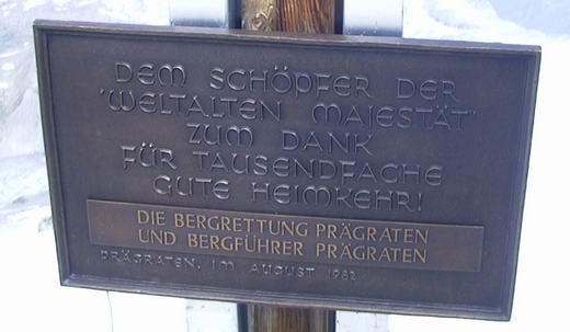 Das Gipfelkreuz des Großvenedigers.