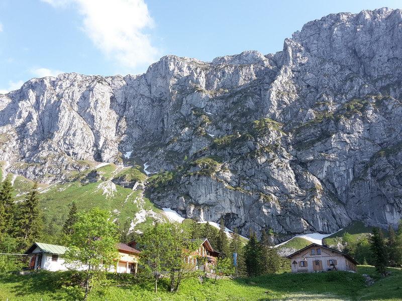 Tutzinger Hütte und Benediktenwand