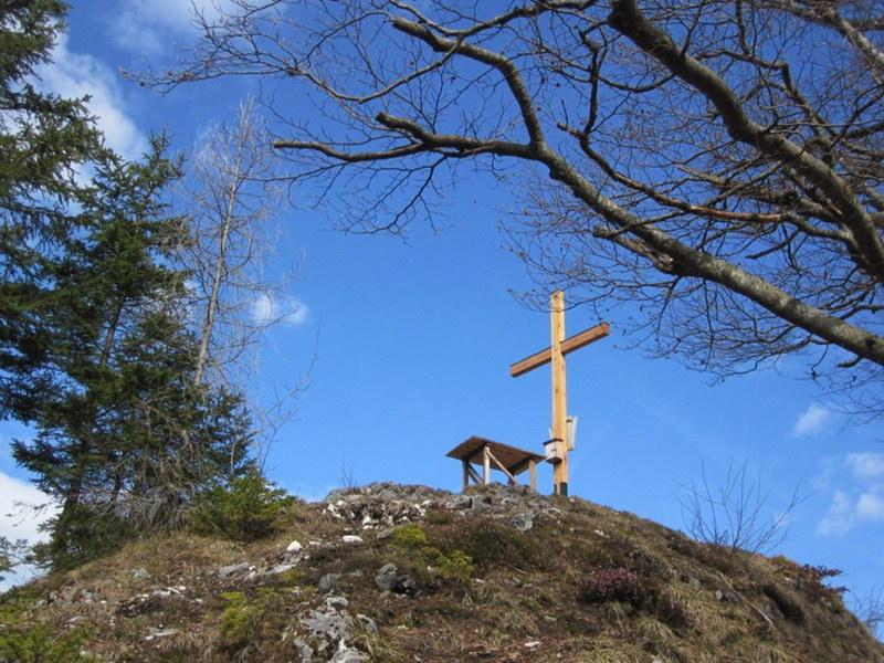 Das Gipfelkreuz des Kienbergl