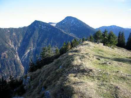 Der Kleine und der Große Traithen von Westen, vom Gipfel des Seebergkopfes aus.