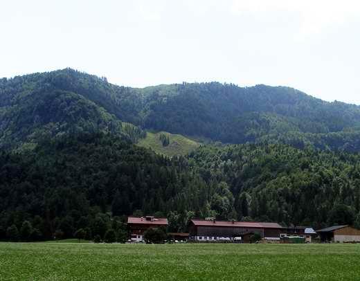 Der Niederkaiser mit dem Schatterberg von Norden.