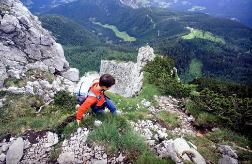 Stolpern ist am Kleinen Watzmann selten erlaubt: Beim Abstieg über den Nordostgrat