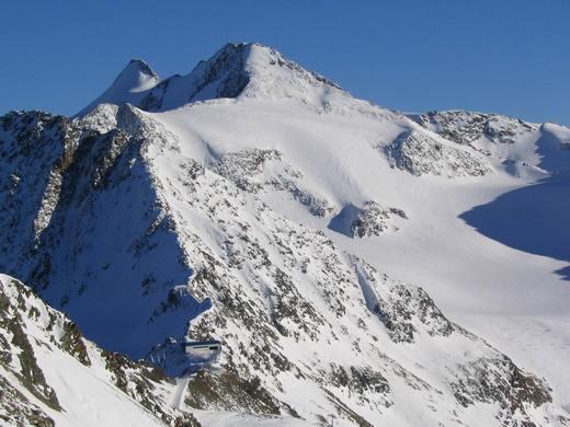 Das Zuckerhütl ist mit 3507 Metern der höchste Berg der Stubaier Alpen