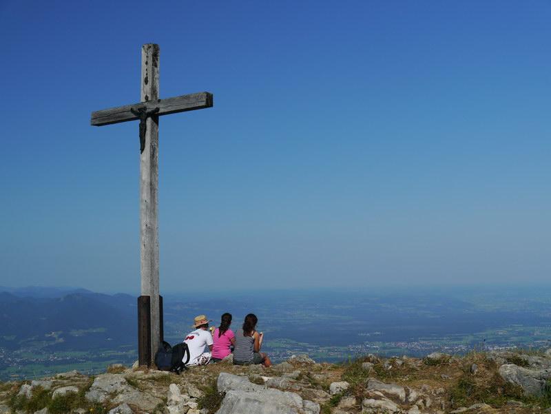 Das Gipfelkreuz der Hochries