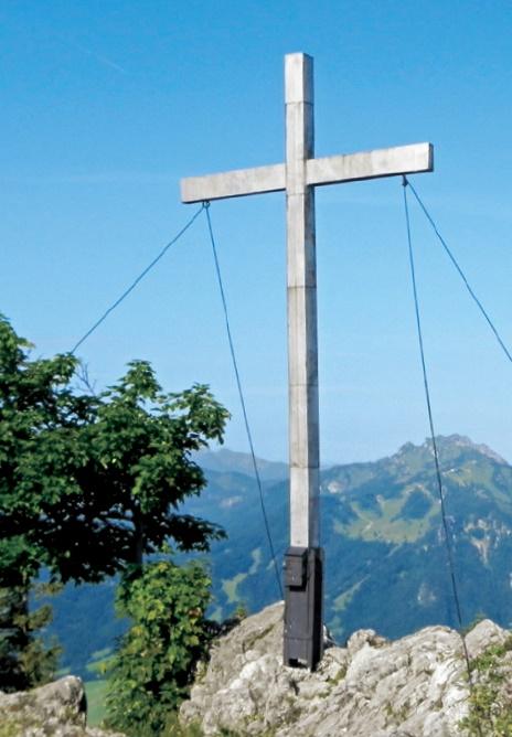 Das Gipfelkreuz am Geierstein.