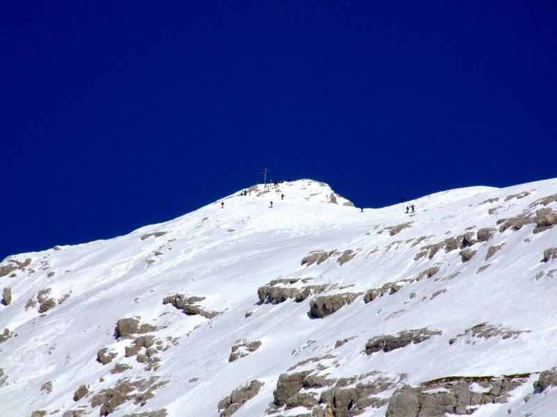 Nur noch wenige Minuten zum Gipfelkreuz der Pleisenspitze.
