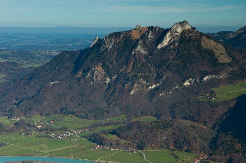 """Kindlwand, Heuberg und Kitzstein von SW; Aufnahme vom Wildbarren-Jochstein im Nov. 2015 (Foto: """"geroldh""""@roBerge)"""