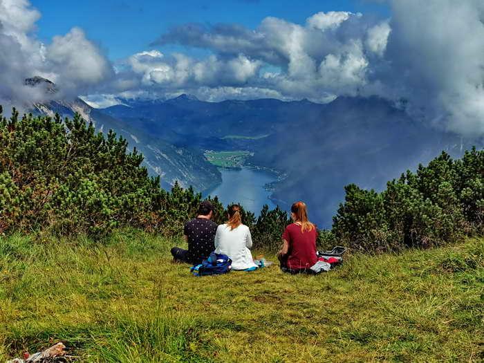 Der bekannte Gipfelblick auf den fjordartigen Achensee